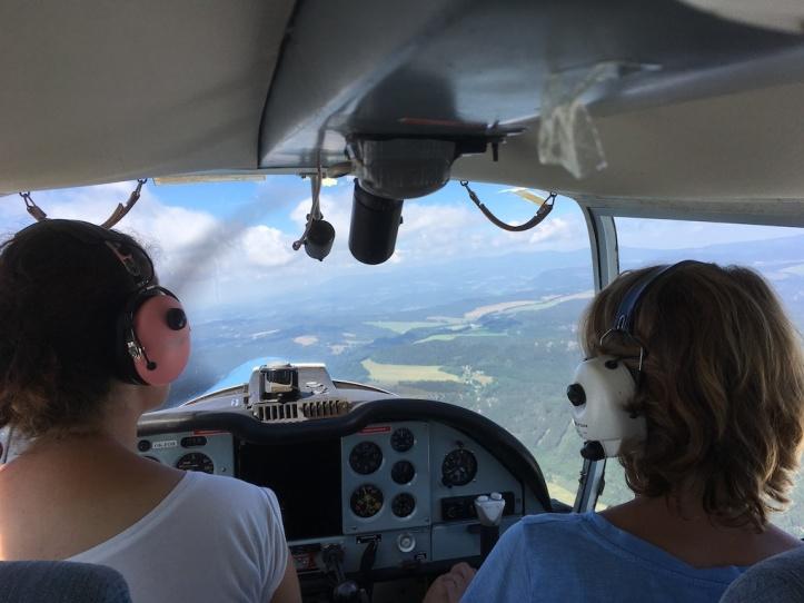 DL vliegen cockpit