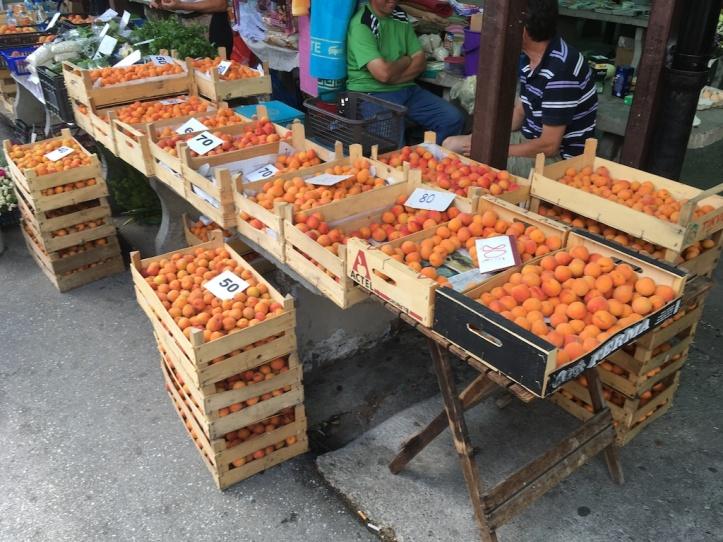 Kanjiza markt abrikozen