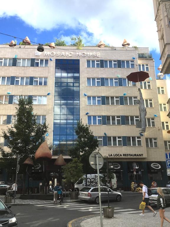 Praag MosaicHouse1